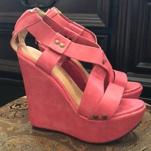 Pink wedges from Europe